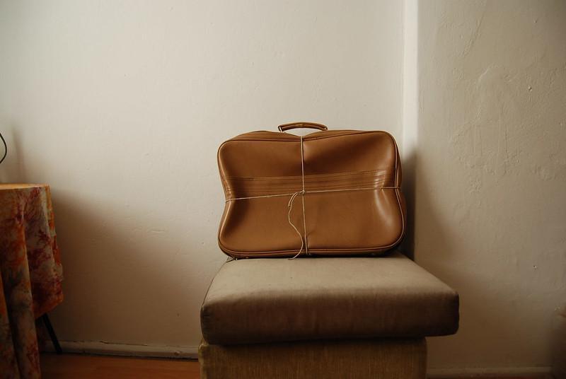 Las muertas narran III: En la maleta