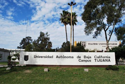 Jóven expone a COPIONES en examen de admisión UABC: RECIBE AMENAZAS