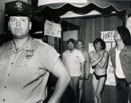 Stonewall Inn; el cambio no fue pacífico pero fue verdadero