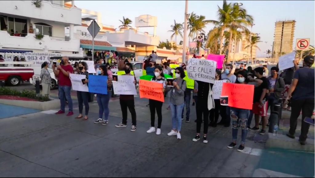 Manifestación pacífica en nombre del fotoperiodista Carlos Zataráin