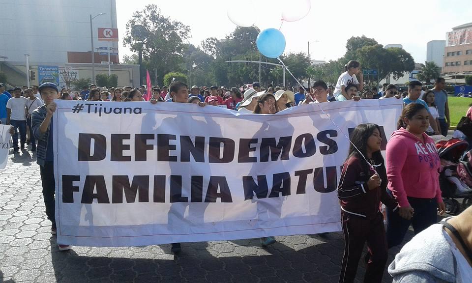 Cortesía de Facebook Frente Nacional x la Familia Tijuana