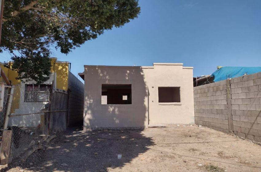 Entregan casas sin puertas ni ventanas y con baños incompletos