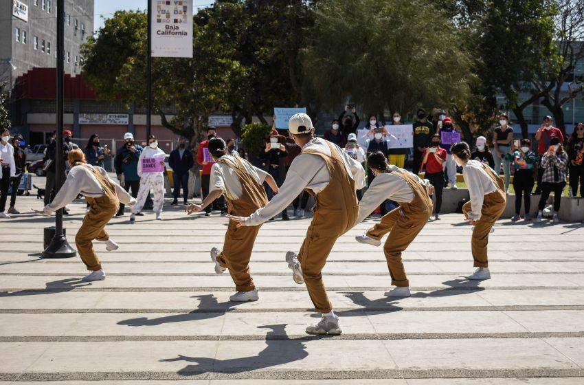 Protestan artistas de Tijuana por reubicación del ICBC