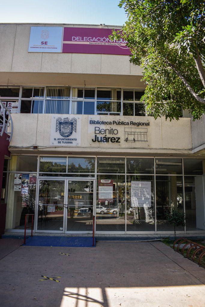 desalojo ICBC y Biblioteca