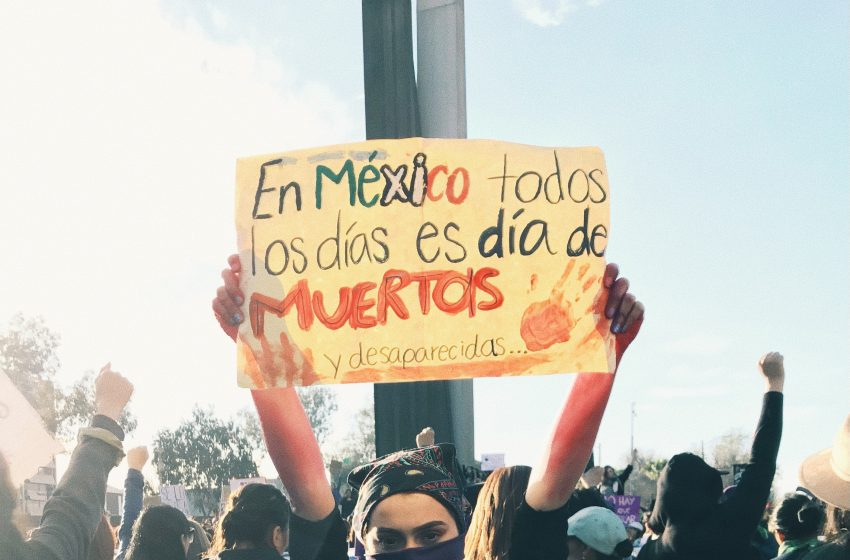Violencia contra la mujer: un problema del sistema
