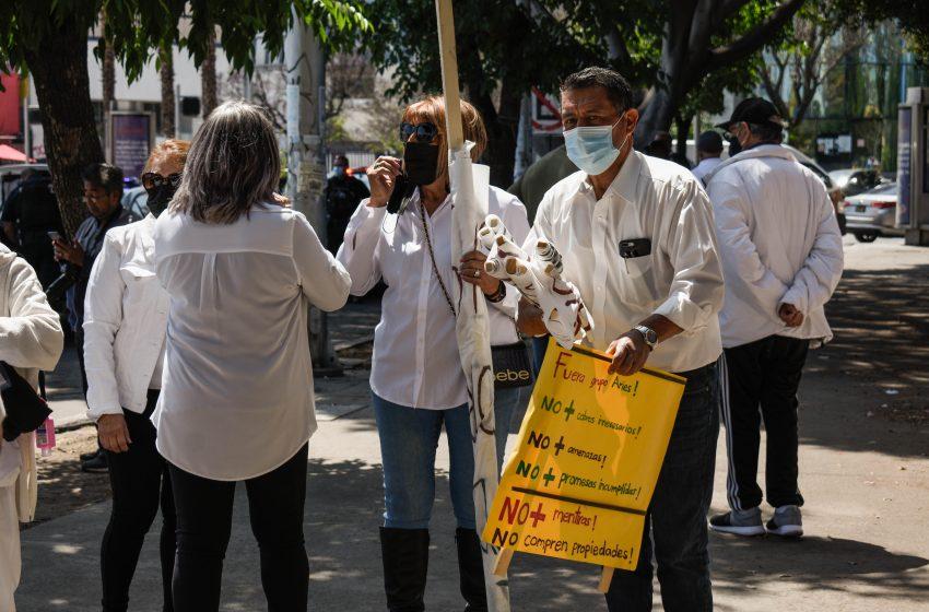 Protestan contra Grupo Aries y Jorge Ojeda; exigen servicios básicos