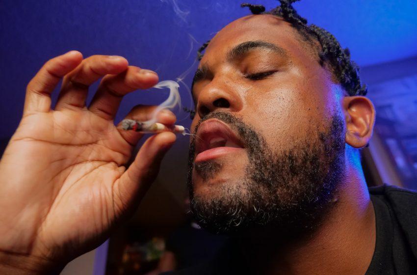 ¿Cómo tramitar el permiso para consumir cannabis legalmente?